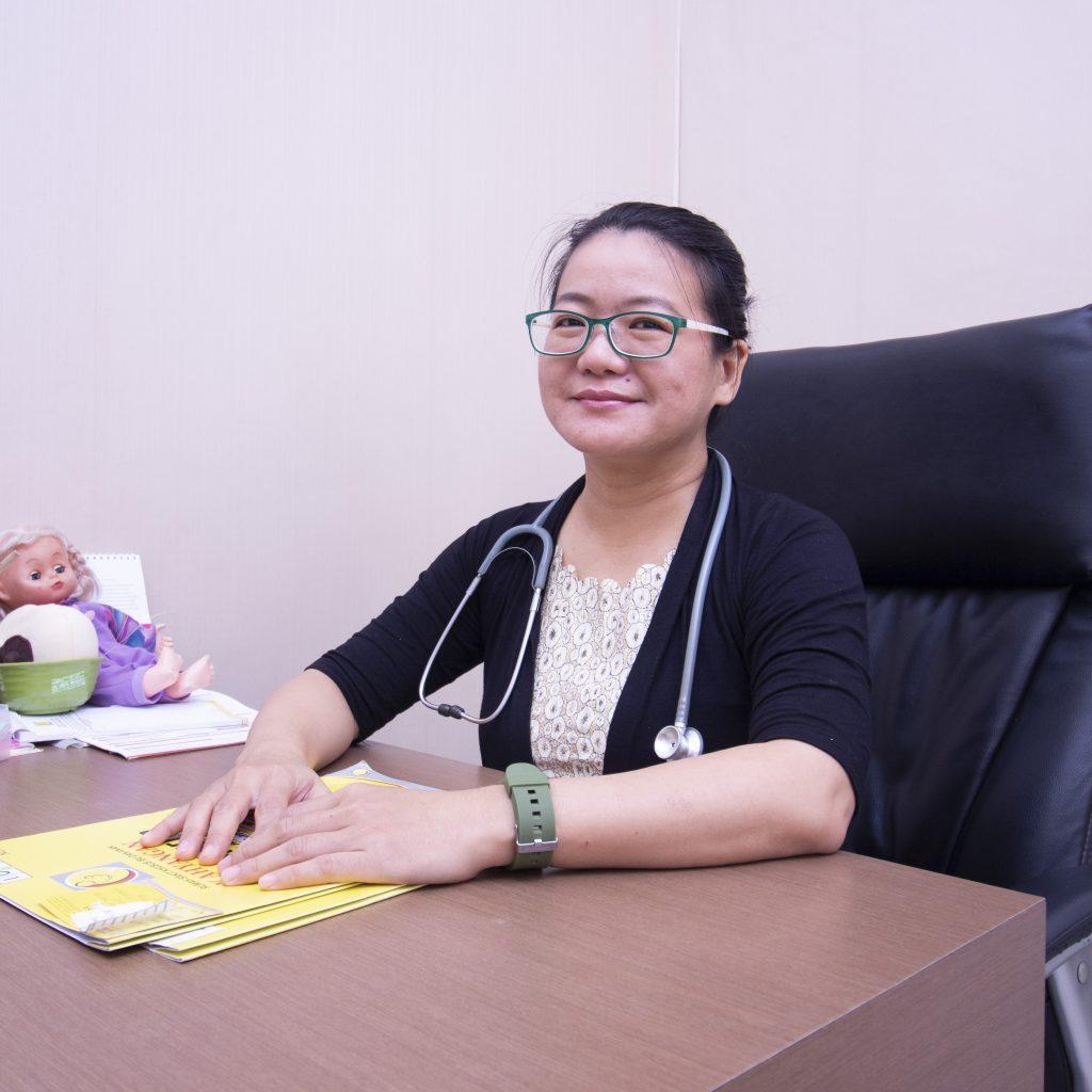 dr. Linawaty,M.Sc .Sp.A